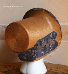 Abiti Antichi- cappello 31