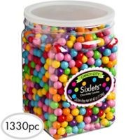 This tub of Rainbow Chocolate Sixlets includes over 1000 candy balls! Rainbow Chocolate Sixlets taste like chocolate and feature a shiny, crunchy, and colorful candy coating. Rainbow Candy Buffet, Candy Table, All Candy, Candy Corn, Candy Shop, Sixlets Candy, Candy Sprinkles, Candy Buffet Supplies, Gourmet Jelly Beans