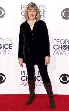 Mimi Kennedy from 2015 People's Choice Awards Red Carpet Arrivals  Brown boots, black ensemble. The actress mixes a neutrals into one cozy-chic combo.