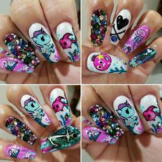 Tokidoki Nails by Sam! Insta: @claw_life @lushielu #tokidoki #kawaii #hellafly #dopenails #nailart #bakersfieldnails #tokidokinails #mermicorno #donutella #unicorno #swarovski #handpainted