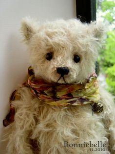 Bonniebelle by Aerlinn Bears