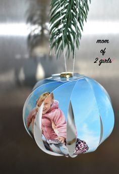 DIY Weihnachtsgeschenke selber basteln DIY DIY Christmas gifts, make a personalized Christmas ornament from a photo yourself, quick and easy, creative craft idea for Christmas with children Diy Gifts For Christmas, Diy Gifts For Kids, Christmas Gifts For Boyfriend, Easy Diy Gifts, Diy For Girls, Boyfriend Gifts, Cute Gifts, Christmas Ornaments, Holiday Gifts