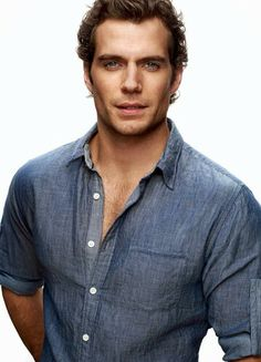 Hadn't really noticed Henry Cavill till I watched Man of Steel last night - gorgeous!