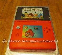 Nintendo 3DS Cake... This website is the Pinterest of birthday cake ideas