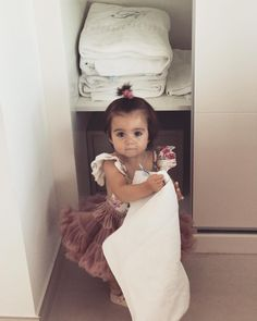 "Irene MM (@byirenemartinez): ""Mi niña traviesa 🌸 #metieneenamorada #miprincesa #MiaMM #SuCaraDeMePillasteMami 😂😍"
