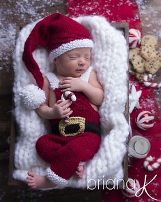 Santa Holiday Outfit Overalls and Hat Knit PATTERN Newborn - knittings headband Baby Christmas Photos, Baby Boy Christmas, Newborn Pictures, Baby Pictures, Foto Baby, Christmas Photography, Newborn Baby Photography, Holiday Outfits, Family Outfits