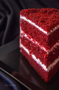Red Velvet Cake- Красный бархат ( Red Velvet Cake) Red Velvet Cake: birosss - in 2020 Easy Red Velvet Cake, Red Velvet Bundt Cake, Red Velvet Cheesecake Cake, White Velvet Cakes, Healthy Apple Desserts, Delicious Desserts, Food Cakes, Easy Cake Recipes, Dessert Recipes