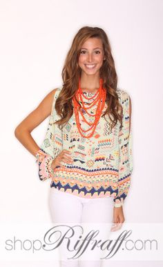Aztec printed blouse, full of details. With tulip back and open sleeves. Caroline is wearing a size small and is Made of polyester. Printed Blouse, Tulip, Floral Tops, Riff Raff, Fantasy Clothes, Boutique, My Style, Sleeves