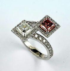 Ring1 diamond Princess Fcy. Purplish Pink 1,07 ct.+1 diamond Princess1,00 G/VS1+58 diamonds 0,63 ct. Ref: 105 www.enrictorres.com