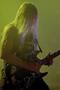 Founding Member Of Slayer Jeff Hanneman Has Died Of Liver Failure - CovalentNews.com