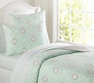 Claire Quilt, Twin, Aegean
