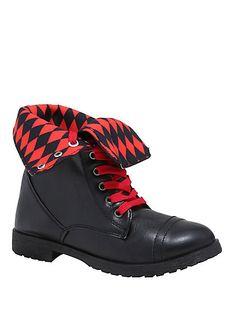 DC Comics Harley Quinn Combat BootsDC Comics Harley Quinn Combat Boots, Emo Fashion, Fashion Wear, Harley Quinn, Dc Comics, Animal Crossing Plush, Hot Topic Clothes, Gotham Girls, Funky Shoes, Black Combat Boots