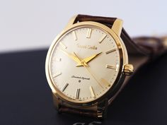 Grand Seiko SBGW252 side view