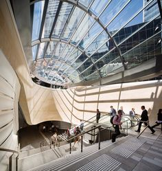 Connecting Sydney City to Barangaroo through Architectural Expression. Australian Interior Design, Interior Design Awards, Commercial Interior Design, Commercial Interiors, Oz Architecture, Walking On Glass, Public Space Design, Glass Structure, Sydney City
