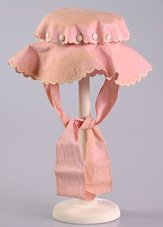 Child's Sunbonnet, circa 1910, American.