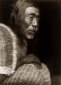Here for your enjoyment is an inspiring photograph of Yakotlus. It was made in 1914 by Edward S. Curtis.    The photo illustrates Yakotlus, Kwakiutl man, head-and-shoulders portrait, seated, facing right.