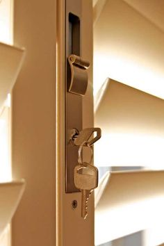 Superior Locking System on all Shutter Supreme security shutters.