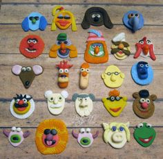 EDIBLE Fondant Toppers Muppets Inspired por PartyNV en Etsy