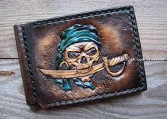 Зажим для денег. Пират. Натуральная кожа. Карвинг. Ручная работа