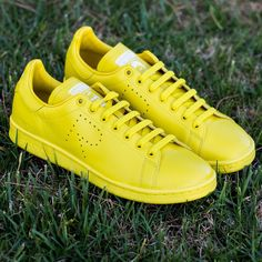 hot sale online 24975 67631 Raf Simons x adidas Stan Smith yellow