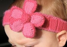 by: Amy Andersen   Free Pattern   Materials Used:  2 colors of Plymouth Encore Worsted Weight (used very little of two skeins of yarn)  1- U...