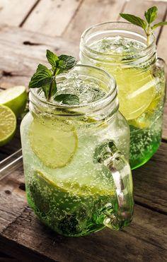 Deliciosa Soda com Menta, Limão e Hortelã.