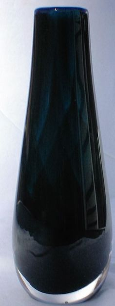 dark blue cased glass Bud Vase, signed Owen Pach '95, Gulfport Fla