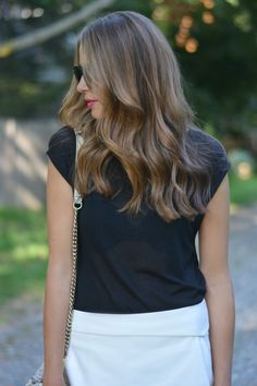 light brown hair - loose waves.