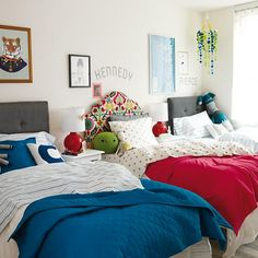 34 Superb Three Shared Kids Bedroom Design Ideas That You Need To Try - Sleep, play, study are what most of children do everyday. Children usually play outside the house but some prefer to stay at home while playing their . Boy And Girl Shared Bedroom, Boy Girl Room, Shared Bedrooms, Kids Bedroom, Kids Room Design, Design Bedroom, Bedroom Decor, Room Inspiration, Brother Sister