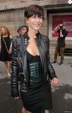 Sophie Marceau lors du défilé Alexandre Vauthier (collection haute couture automne-hiver 2015/2016) à la Nef du musée des Arts Décoratifs. Paris, le 7 juillet 2015.