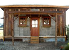 Reclaimed Space is a small house builder in Austin, Texas. They specialize in creating factory built homes using reclaimed building materials on the outer facades and all new material for the structural framing and roof. Before the house is brought by tru Tiny House Cabin, Tiny House Living, Tiny House Design, Cabins In Texas, Cabins And Cottages, Small Cabins, Stone Cottages, Small Home Builders, Factory Built Homes