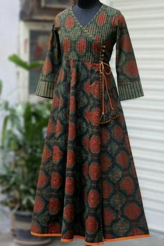 55 Ideas sewing simple dresses fabrics for 2019 Modest Dresses, Trendy Dresses, Simple Dresses, Fashion Dresses, Modest Fashion, Kurta Designs Women, Kurti Neck Designs, Blouse Designs, Pakistani Dresses Casual
