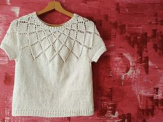 Ravelry: Calados Top Down pattern by ana conde