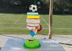 Back-to-school cake - Cake by Madalena Dinis Anti Gravity Cake, Gravity Defying Cake, Cake Structure, Huge Cake, School Cake, Cake Works, Funny Cake, Book Cakes, Sculpted Cakes