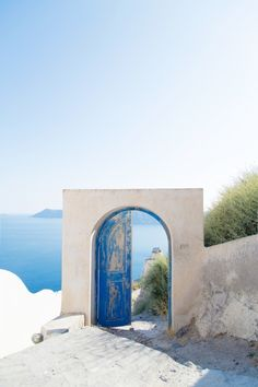 Expect to see more Greece and Bali.
