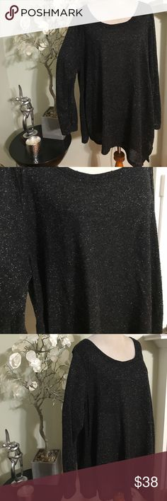 LANE BRYANT LONG SWEATER Stunning elegant sweater, asymmetrical bottom , made of cotton and metallic , excellent condition, size 26/28 Lane Bryant Sweaters Crew & Scoop Necks