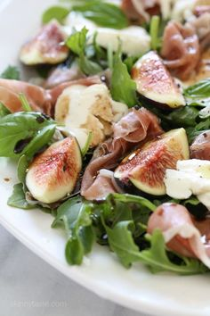 Figs and Prosciutto, savory and sweet they're a match made in heaven! Add some fresh mozzarella, peppery arugula and balsamic dressing and this salad will make you swoon with every bite. (more…)