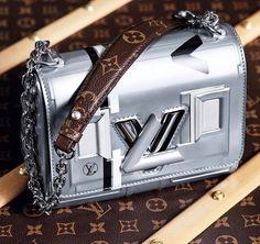 c7b9ae96a0ec LV Louis Vuitton Accessories, Nicolas Ghesquiere, Unique Purses,  Photography Magazine, Editorial Photography