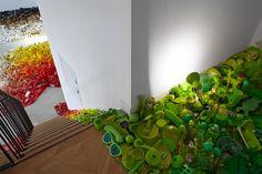 http://www.designboom.com/art/dan-tobin-smith-first-law-of-kipple-london-ldf-09-16-2014/ イギリス人写真家ダントービンスミス