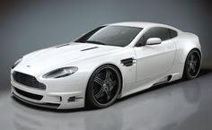 Aston Martin Vantage V8 (front)