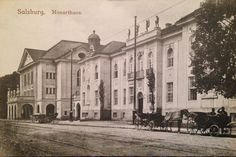 Mozarteum mit Kutsche