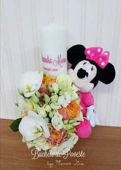 Lumanare botez cu orhidee si plus Minnie Aries, Minnie Mouse, Table Decorations, Home Decor, Crystal, Decoration Home, Room Decor, Aries Zodiac, Kos