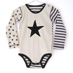 フランス輸入子供服ベビー服エヴァ&オリEVA&OLiのボーダーと星がおしゃれな長袖ロンパース