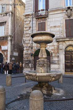 Piazza S.Simeone, Rome Italy