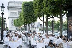 """White Dinner"" party held at Champs Elysee of Paris_English_Xinhua Fresco, White Dinner, White Party Decorations, Tokyo, All White Party, Bastille Day, Paris Ville, I Love Paris, Le Diner"