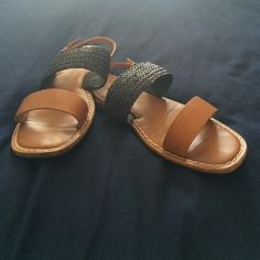 Leather strap sandal. Great condition, 100% leather throughout, Cognac with braided navy strap. GAP Shoes