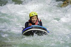 Une grande première en hydrospeed sur le Verdon pour cette jeune demoiselle !!! A qui le tour