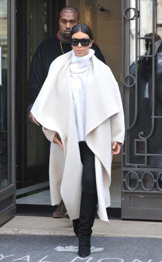 la modella mafia Kim Kardashian 2014 street style fashion inspiration - Chloe white drapey coat in Paris