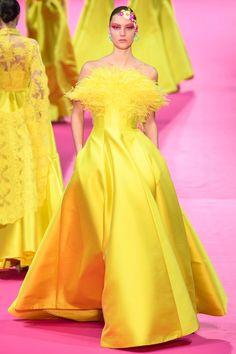 Alexis Mabille Spring 2019 Couture Fashion Show Collection: See the complete Alexis Mabille Spring 2019 Couture collection. Look 31 Haute Couture Paris, Spring Couture, Haute Couture Fashion, Couture Week, Alexis Mabille, Diva Fashion, Fashion Week, Runway Fashion, Paris Fashion