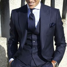 Absolute perfection in three piece blue. Style by @absolutebespoke